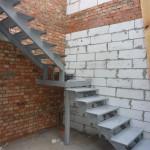 Цена 1 этажа лестницы: 30000 руб.